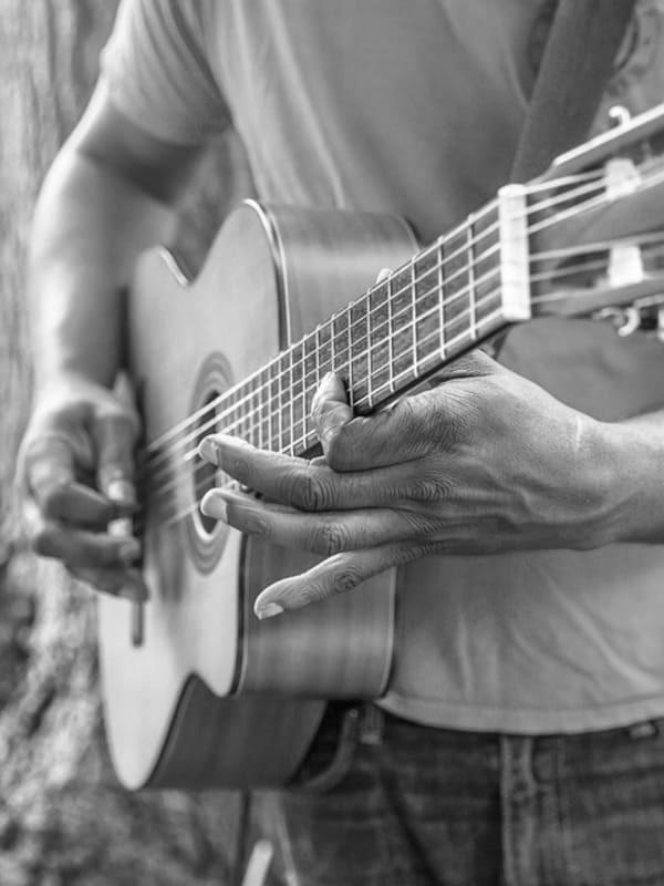Cours de guitare à Senlis chez Groove Lab Senlis